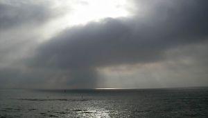 640px-Santa_Monica_beach_clouds